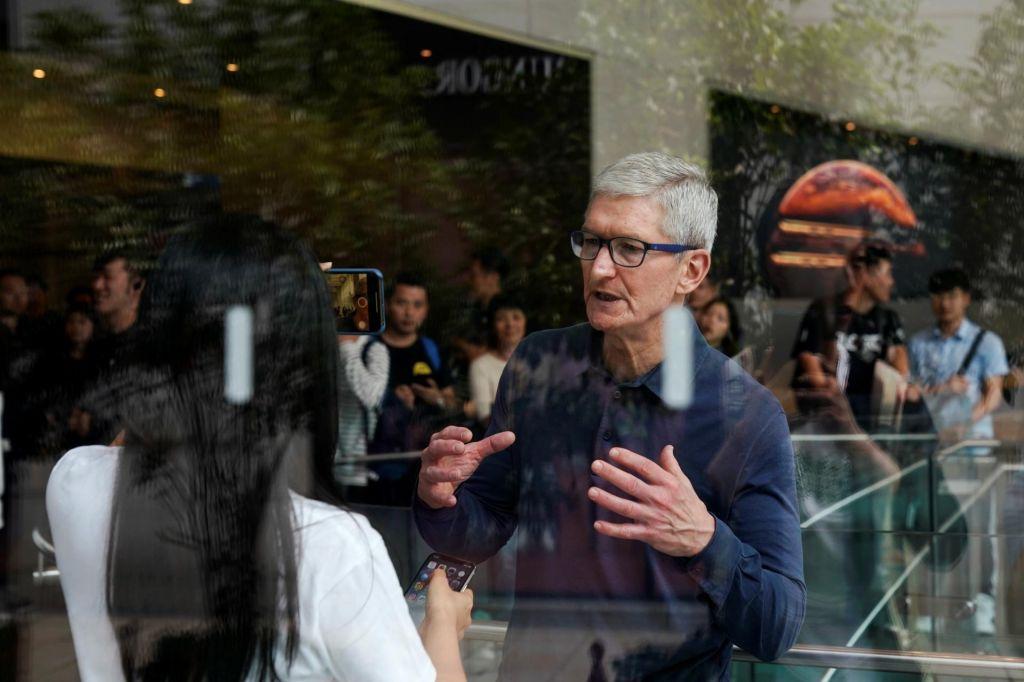 Na temni strani jabolka