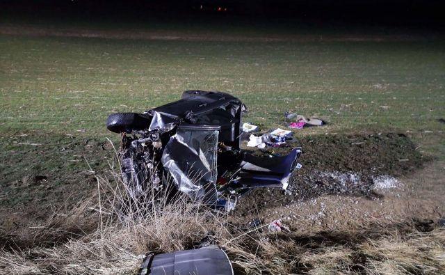 Nesreča na cesti Reteče-Jeprca. FOTO: PU Kranj