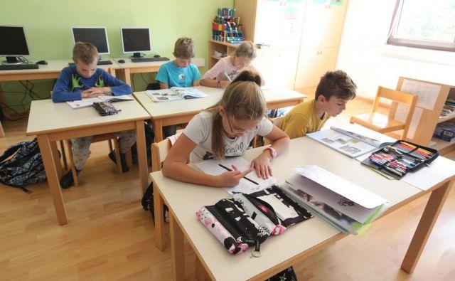 Šole so sicer morale soglasje polnoletnih dijakov, da lahko njihove starše obveščajo o ocenah, vzgojnih ukrepih in drugem, pridobivati še pred sprejetjem GDPR, je pa ta določil nekatere strožje pogoje veljavnosti privolitve. FOTO: Mavric Pivk/Delo
