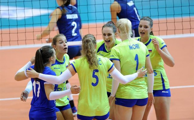 Slovenske odbojkarice so vse bližje nastopu na evropskem prvenstvu.