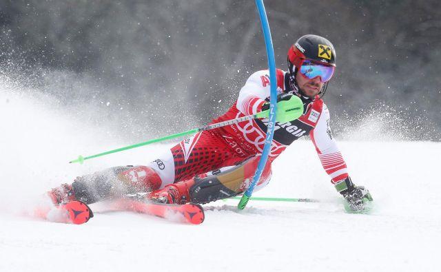 Marcel Hirscher je po dveh slalomskih spodrsljajih spet zmagal. FOTO: Borut Živulović/Reuters
