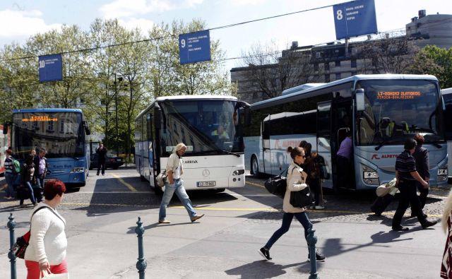 Edina prava konkurenca javnemu prevozu je osebni avtomobil. FOTO: Mavric Pivk/Delo