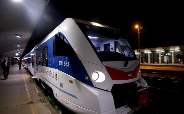 Železnice so se v preteklem desetletju ukvarjale predvsem s konkurenti v sektorju, a zdaj ne tekmujejo le z drugimi železniškimi prevozniki, temveč tudi z drugimi prevozniki, saj stranke iščejo celovito transportno rešitev. FOTO: Roman �Šipić/Delo