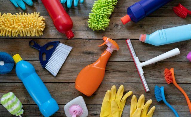Če se čiščenja doma lotimo pravilno, potem gospodinjska opravila končamo zelo hitro, rezultati pa so vidni. FOTO: Shutterstock
