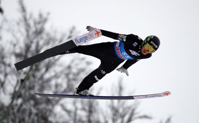 Ski Jumping - Four-hills Ski Jumping Tournament - Bischofshofen, Austria - January 6, 2019 Slovenia's Timi Zajc in action during training REUTERS/Lisi Niesner Foto Lisi Niesner Reuters
