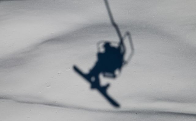 Smrtno se je ponesrečil 35-letni slovenski smučar. FOTO: Shutterstock