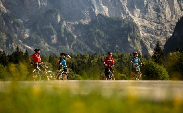 Zdravju, rekreaciji in dobremu počutju namenjene počitnice so postale zapoved sodobnih turistov. FOTO: Voranc Vogel