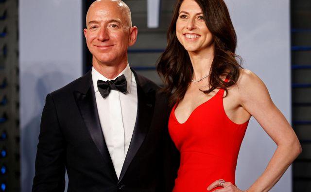 V 25 letih zakona sta se Jeff in MacKenzie Bezos precej spremenila. FOTO: Reuters