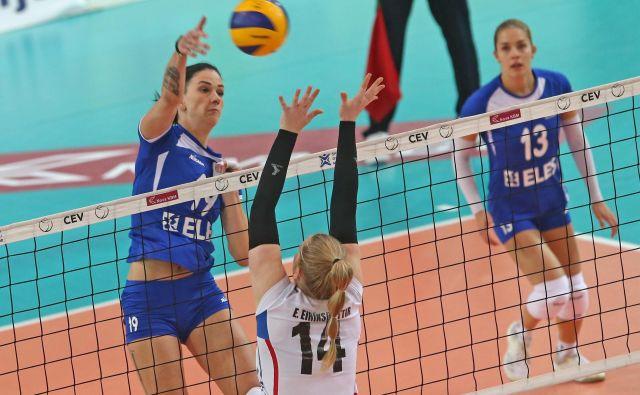 Sara Hutinski bo glavni slovenski adut ob mreži. FOTO: Tadej Regent/Delo