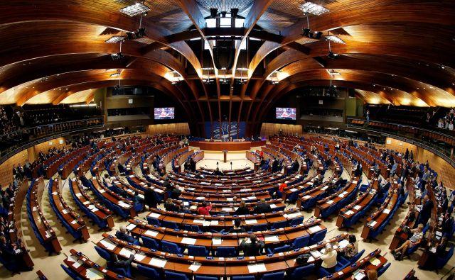 V parlamentarni skupščini Sveta Evrope sedijo trije slovenski poslanci, ki imajo tri namestnike. FOTO: Reuters