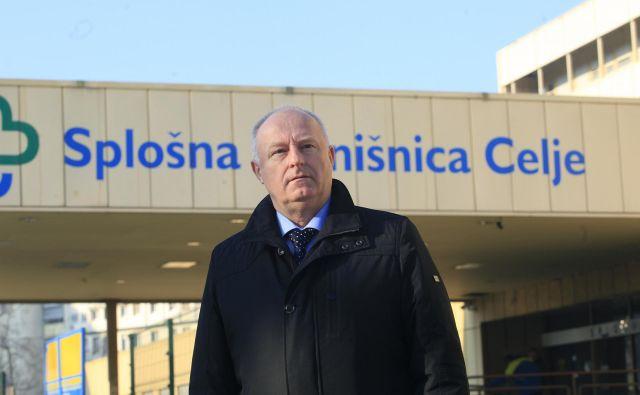 Marjan Ferjanc je včeraj na sodišču dejal, da so njegovo razrešitev pripravljali dalj časa: »Bolnišnica je bila v dobri kondiciji, bila je zanimiva za vladajočo politiko«. FOTO: Mavric Pivk