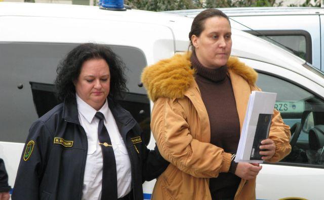 Postopek zoper Uršulo Lonko Prešeren poteka za zaprtimi vrati sodne dvorane. FOTO: Marjana Hanc