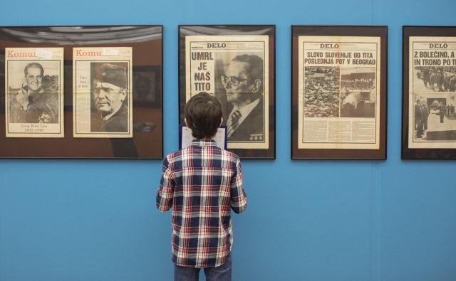 Razstava Muzej tiska, ki jo je v okviru 60. obletnice časopisa Delo ustvaril Ali Žerdin, urednik sobotne priloge Dela, je na ogled v Cankarjevem domu. Foto Voranc Vogel/delo