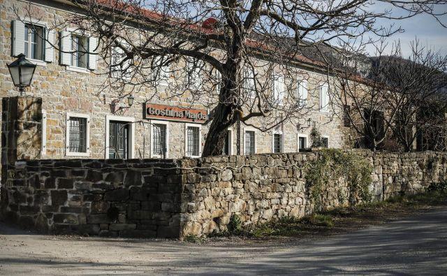 Najprej dom mogočne ospske družine, potem znana gostilna, zdaj bo Majda »hiša«: majhen, ekskluziven hotel. FOTO: Uroš Hočevar/Delo