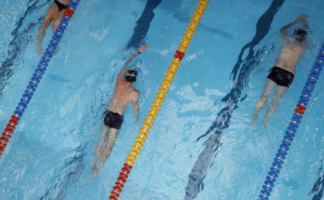 Pozimi lahko rekreativni plavalci v Ljubljani plavajo v Tivoliju, na Fakulteti za šport (na fotografiji) in v Vodnem mestu Atlantis. FOTO: Uroš Hočevar/Delo