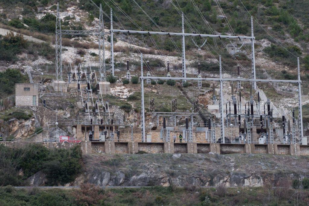 V požaru hidroelektrarne pri Dubrovniku smrtna žrtev