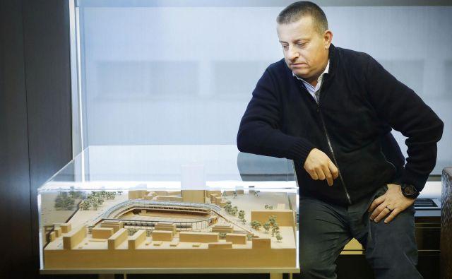 Joc Pečečnik že več kot desetletje vztraja pri projektu prenove bežigrajskega stadiona. FOTO: Leon Vidic/Delo