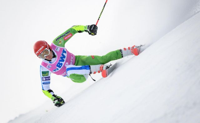 Četrti veleslalomist sveta Žan Kranjec se je v Adelbodnu samozavestno zoperstavljal zahtevnemu terenu in dosegel 5. mesto, drugi najboljši rezultat sezone. FOTO: AFP
