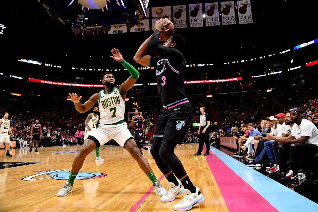 Miami na krilih Wada spravil Boston na kolena (VIDEO)