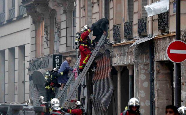 Umrla sta dva gasilca. FOTO: Benoit Tessier