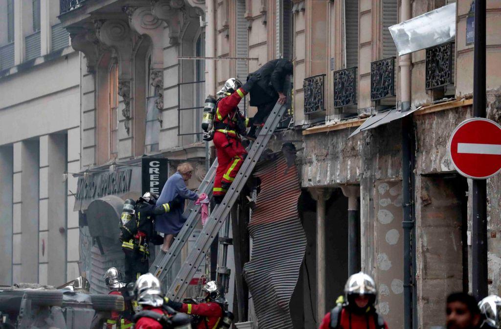 FOTO:Eksplozija v pekarni: umrli dva gasilca in španska turistka (FOTO)