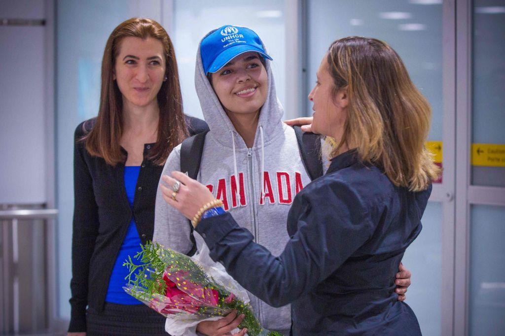 Savdsko najstnico sprejela Kanada in ji dodelila azil