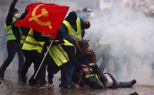 Zahteve rumenih jopičev so ideološko raznovrstne. Foto: Reuters