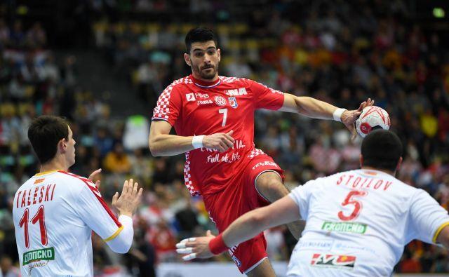Luka Stepančić je Makedoncem zabil tri gole. FOTO: Reuters