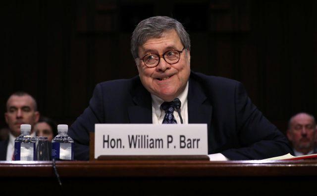 Konservativni pravnik William Barr je zanesljivo opravil zaslišanje za pravosodnega ministra ZDA, a demokratom kljub temu ni pregnal dvomov. FOTO: Reuters