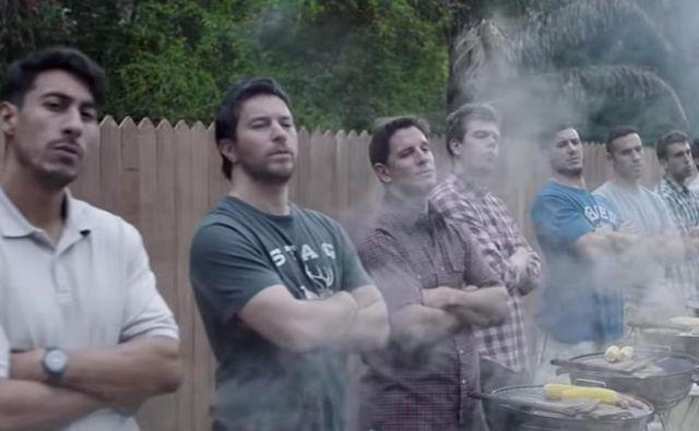 Oglas je režirala britanska režiserka avstralskega rodu Kim Gehrig in je večinoma naletel na negativne odzive. FOTO: Promocijsko gradivo