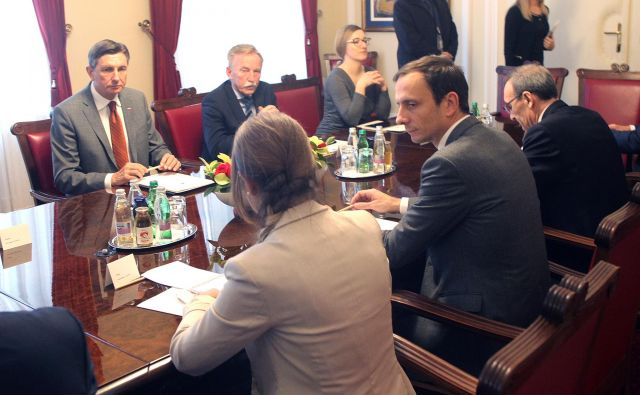 Predsednika vlade Furlanije-Julijske krajine Massimiliana Fedrigo je najprej sprejel predsednik Borut Pahor. FOTO: Mavric Pivk