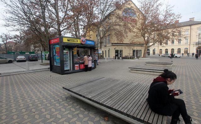 Po načrtu naj bi studio v kiosku stal tik ob Parku slovenske reformacije, pri Figovcu. FOTO Mavric Pivk/Delo