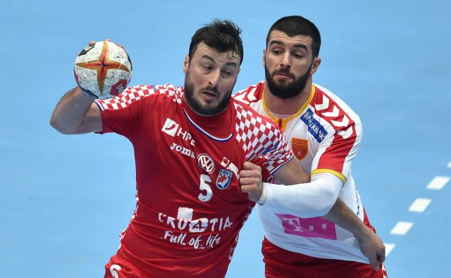 Domagoj Duvnjak bo danes skušal Hrvate popeljati do zmage proti Španiji. FOTO: AFP