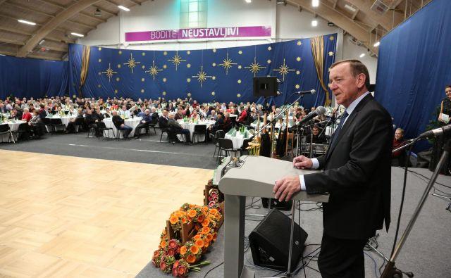 Letošnjega srečanja v organizaciji Krke se je udeležilo več kot tisoč od skupno 2037 nekdanjih sodelavcev. Foto arhiv podjetja