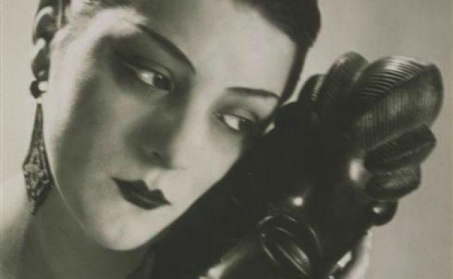 Kiki de Montparnasse Noire et Blanche (1926, Pariz) FOTO: Man Ray
