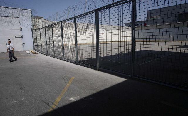 Koprski zapor (še) ni Sing Sing. Foto Mavric Pivk