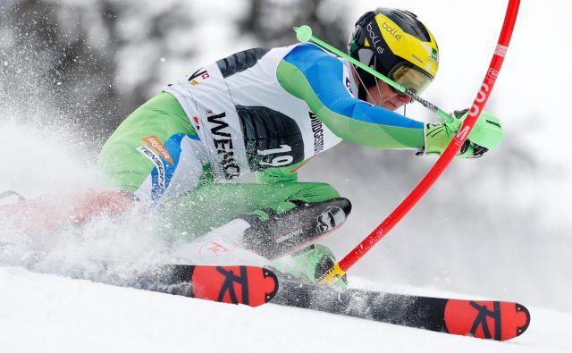 Štefan Hadalin je po slalomskem delu kombinacije na desetem mestu. FOTO: Reuters