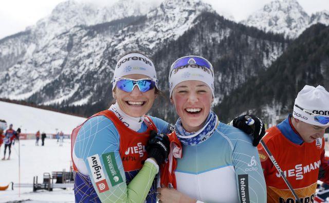 Katja Višnar (levo) in Anamarija Lampič sta bili v Estoni lahko zadovoljni. FOTO: Matej Družnik/Delo