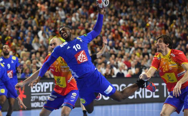 Dika Mem je bil ob Ludovicu Fabregasu s 6 goli najučinkovitejši pri Francozih, ki so Špance že po prvi tekmi drugega dela SP že izločili izo boja za kolajne. FOTO: AFP