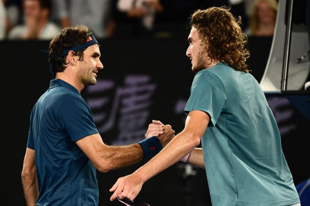 Federer po zaušnici mladega Tsitsipasa že gleda v Pariz