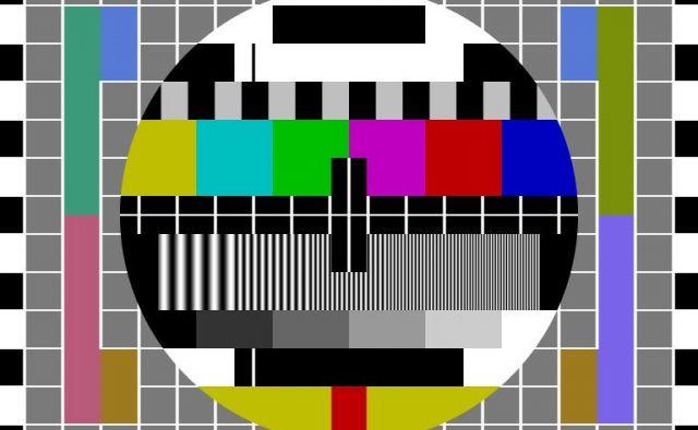 Manjše države, ki imajo za sosedo veliko državo z istim jezikom, za javno televizijo ali radio namenijo še posebej veliko denarja. FOTO: TV