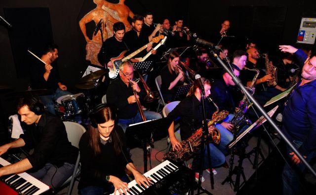 Big band Bend it! v akciji. Foto arhiv zasedbe