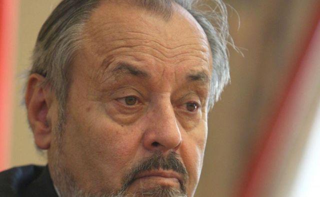 Svetovalec v kabinetu predsednika republike Ernest Petrič ne bo kandidiral na evropskih volitvah. FOTO:Jure Eržen/Delo