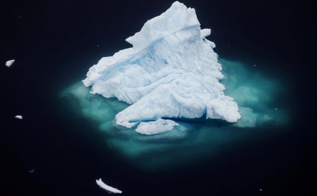 Led na Grenlandiji se tali vse hitreje. FOTO: Lucas Jackson/Reuters