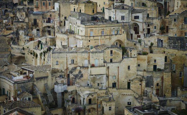 Matera velja za najstarejšo naselbino na območju Italije. FOTO: Primož Zrnec/Delo