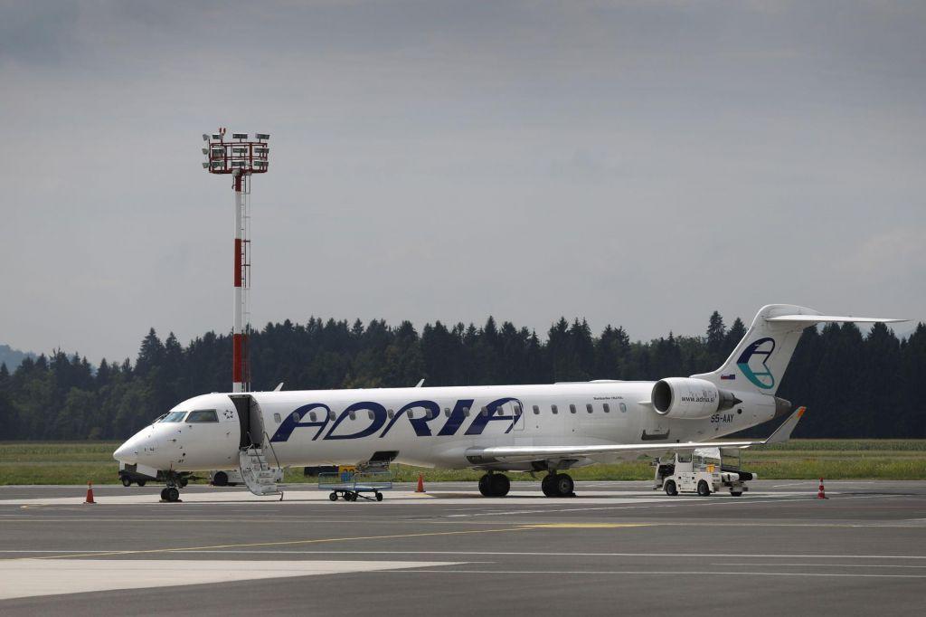 Agencija za civilno letalstvo odločila o licenci Adrie Airways