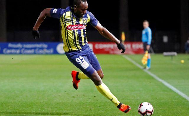 Po koncu atletske kariere je Usain Bolt upal, da bo nekdo prepoznal tudi njegov nogometni talent, a dlje kot do dveh tekem za avstraski klubCentral Coast Mariners ni prišel. FOTO: Reuters