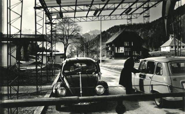Mejni prehod Korensko sedlo na začetku 70. let 20. stoletja FOTO: Fototeka Gornjesavskega Muzeja Jesenice