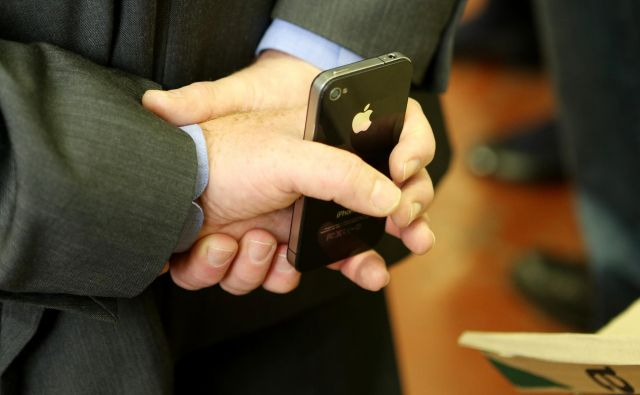 Zakon velja le za tehnološke izdelke, ki se uporabljajo ali prodajajo v Avstraliji. Toda njegov vpliv utegne biti globalen. FOTO: Uroš Hočevar