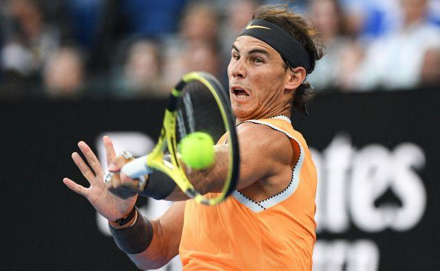 Rafael Nadal se v Melbournu do letos še nikdar ni v finale prebil brez izgubljenega niza. Tokrat se je poigral s prvimi šestimi tekmeci. FOTO: AFP